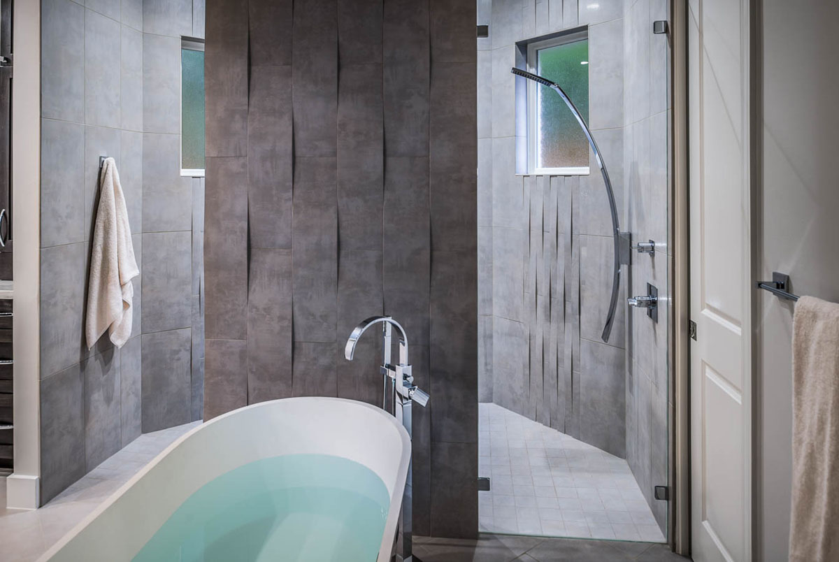 Bathroom renovation remodeling ideas eklektik for Bathroom designs houston